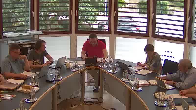 4.1. Clôture de l'exercice budgétaire 2013 - Compte de gestion - Approbation provisoire