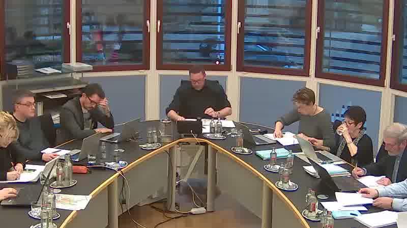 4.4. Actes notariés - Constitutions de servitude pour la pose de canalisations à Livange